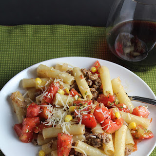 Pasta with Summer Tomato Meat Sauce