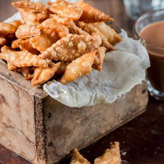 Namak Para Recipe (Deep Fried Biscuits)