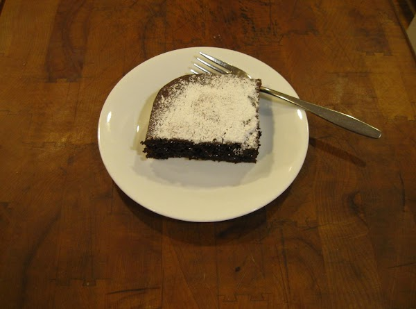 I do not have a bundt pan so I baked mine in a  10...
