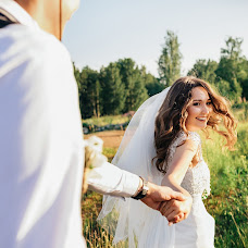Wedding photographer Anastasiya Kosareva (Asheko). Photo of 14.08.2018