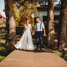 Wedding photographer Joanna F (kliszaartstudio). Photo of 15.11.2018