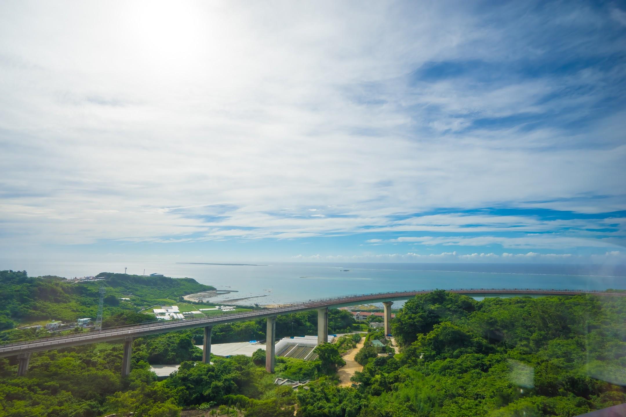 Okinawa Nirai-kanai bridge1