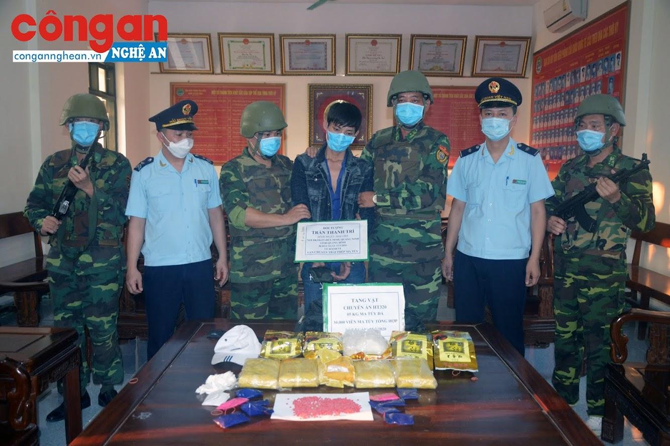 Đối tượng Trần Thanh Trì cùng tang vật vụ án
