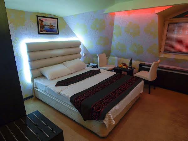 Hotel Timya