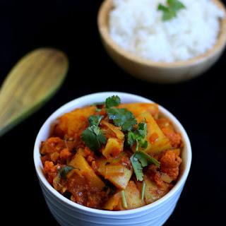 Easy Aloo Gobi Recipe | Quick Aloo Gobi Curry