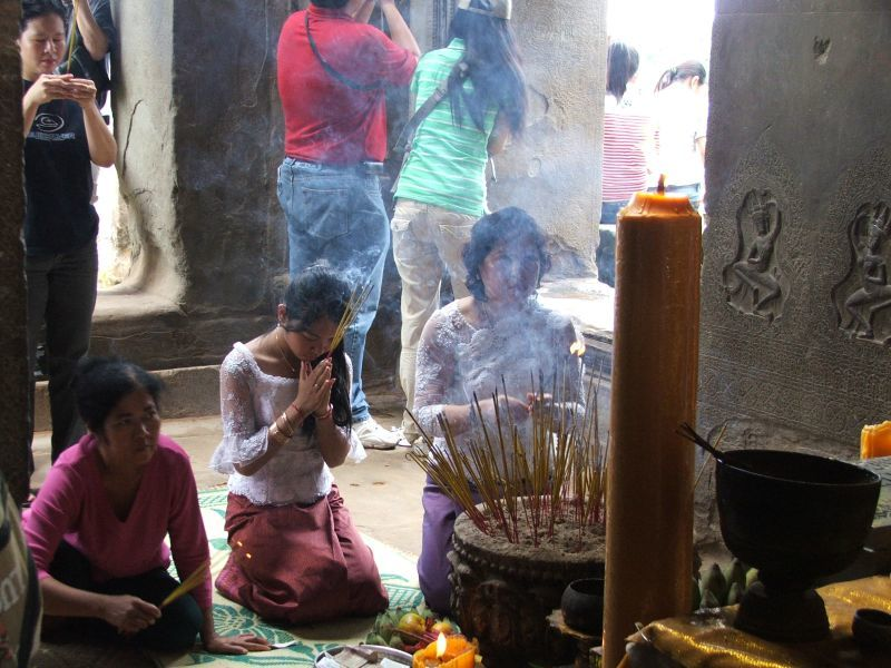 Cambodians prepare tempting feasts for the spirits of their ancestors during P'chum Ben. Photo credit: ivyannecxt / Flickr