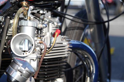Bill Carbu Engine, view of the Mikuni VM 36 carburetor.