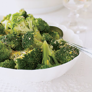 Steamed Broccoli with Gremolata Crumbs