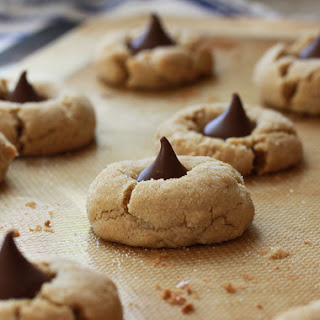 Hershey's Classic Peanut Blossoms