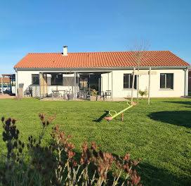 maison à Parigny (42)