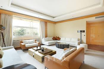 Appartement meublé 8 pièces 306 m2
