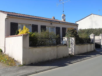 maison à Les Magnils-Reigniers (85)