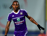 """Kanu évoque son passage à Anderlecht : """"Je dépensais tout, surtout pour faire la fête"""""""