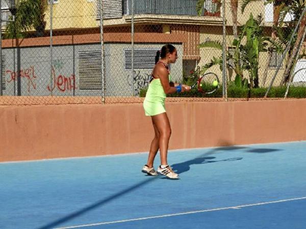 Circuito Wta : Paola expósito se abre paso en el circuito wta