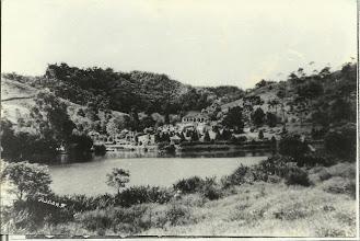 Photo: Vista panorâmica da Fazenda da Quitandinha, aonde hoje localiza-se o Palácio Homônimo. Foto sem data