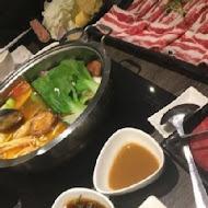 聚.北海道昆布鍋(新竹SOGO站前店)