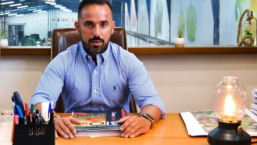Francisco Jesús Montoya Sánchez, CEO de Campojoyma, en su despacho.
