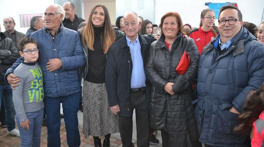 Roquetas de Mar felicita a Carmen Martín tras ser nombrada mejor jugadora