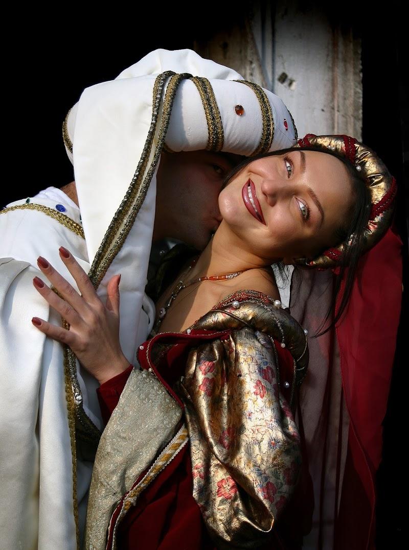 Dama rossa ... bacio di passione  di sandro5845