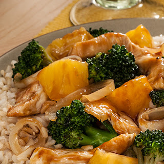 Chicken Broccoli and Pineapple Stir Fry