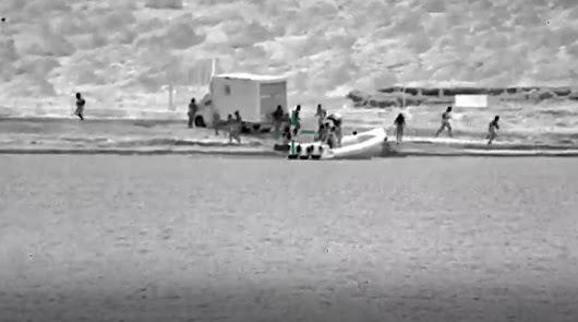 Espectaculares imágenes de la persecución en Almería de la Policía a traficantes