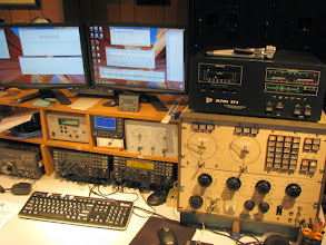 Photo: CW & SSB HF station worked mainly CW Sat and hunted for DX on 10, 15 & 20m and intermittently CQ'd on 40m CW