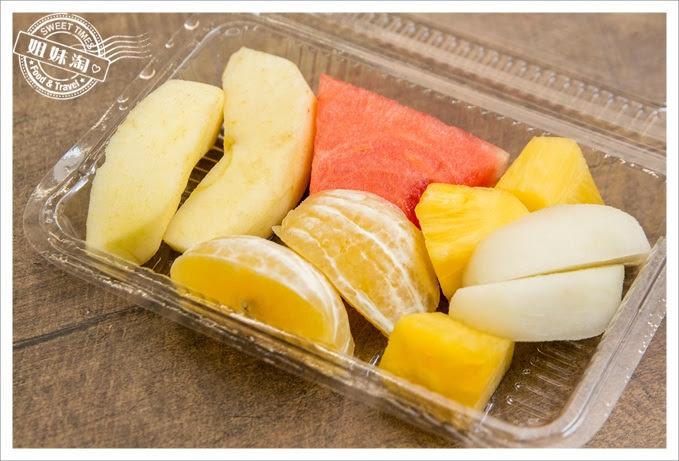 向陽髮型林森店水果