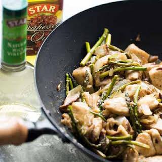 Chicken Stir Fry with Asparagus & Mushrooms.