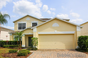 Orlando villa, near Disney, gated community, southeast-facing pool and spa, games room, scenic view