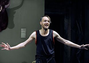 Photo: Wien/Burgtheater/ Vestibül: DIE HAMLET-MASCHINE von Heiner Müller. Premiere am 16.10.2015. Inszenierung: Christina Tscharyiski. Christoph Radakovits. Copyright: Barbara Zeininger