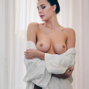 Voluptia by ObjeKtiva Artphoto - Nudes & Boudoir Artistic Nude ( nude, boudoir, nudeart, seminude, beauty, goddess, sensual, glamour, boudoir photography, sexy, breasts, artnude, feminine )