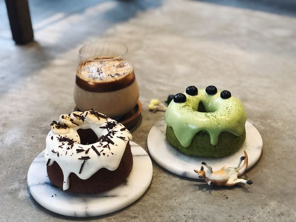Meller coffee墨樂咖啡館 |台南安平・價錢超可愛又好吃的戚風蛋糕・療癒植物、乾燥花殺光你好幾卷相機底片