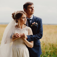 Wedding photographer Olga Smorzhanyuk (olchatihiro). Photo of 15.08.2018