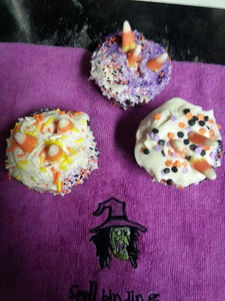 Candy Corn Topped Haloween Cupcakes Recipe