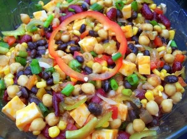 Delicious & Colorful Bean Salad - Cassies Recipe