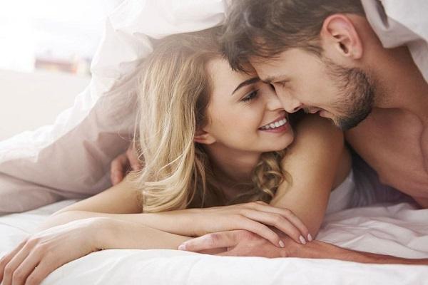 Sự khác lạ trong quan hệ tình dục cũng có thể là dấu hiệu vợ có bồ