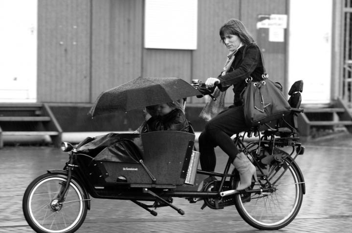 Una mamma ai pedali ! di leonardo valeriano