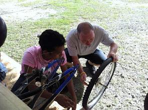 Photo: Giovanni Vale teaches mechanics