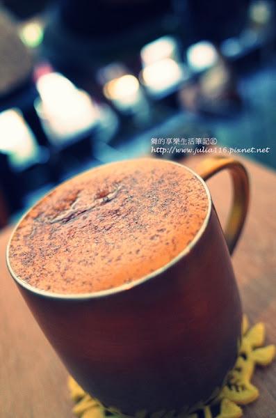 【ASTAR Coffee House】中山區。Nice coffee!巷弄裡的咖啡酒吧(近中山國中站)❤