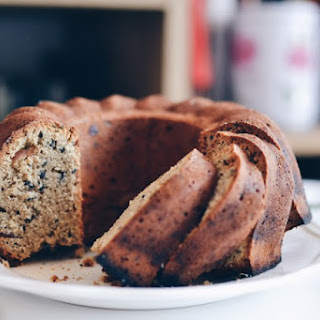 Tahini, Olive Oil And Dates Cake.