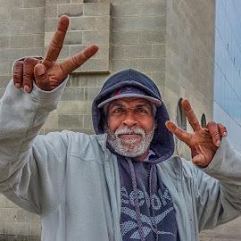 Hey! by Richard Michael Lingo - People Street & Candids ( ohio, candids, cincinnati, street scenes, people,  )