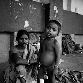 street  life and style by Rakhi Biswas - People Family