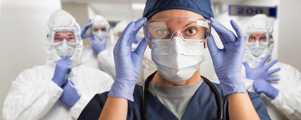Experiência no combate à epidemia de 2003 pode auxiliar na luta contra a covid-19. (Fonte: Shutterstock)