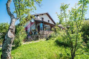 maison à Orgelet (39)