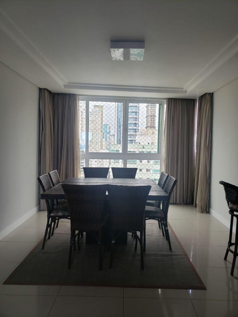 Apartamento Mobiliado no Edifício Peniche com 4 dormitórios à venda, 143 m² por R$ 2.415.000 – Centro – Balneário Camboriú/SC