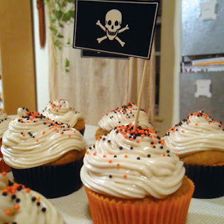 Super Easy Pumpkin Cupcakes