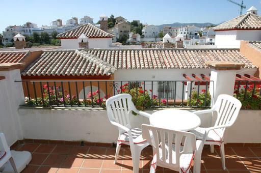 Apartamento 2 Dormitorios R023 Calle Lucena nº 17- Residencial Aljamar 3