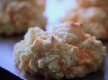 Cheesey Garlic Biscuits Recipe