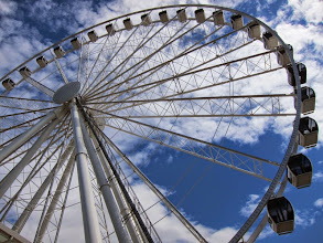 Photo: Over-priced ferris wheel ride for Jean and Miles on a pier in Seattle.