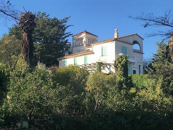 propriété à Hyeres (83)